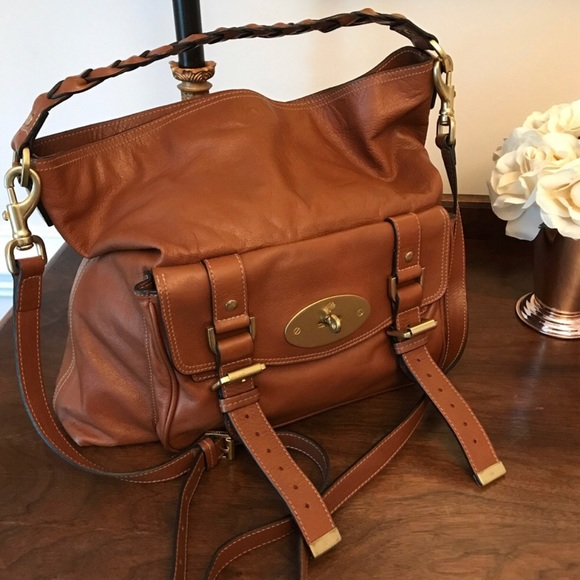 7659a211174 Mulberry Bags   Iconic Alexa Hobo Bag   Poshmark